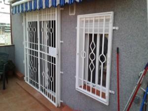 Reja Practicable 1 300x225 - Rejas